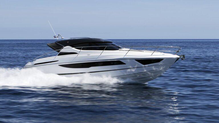high speed sport cruiser boat