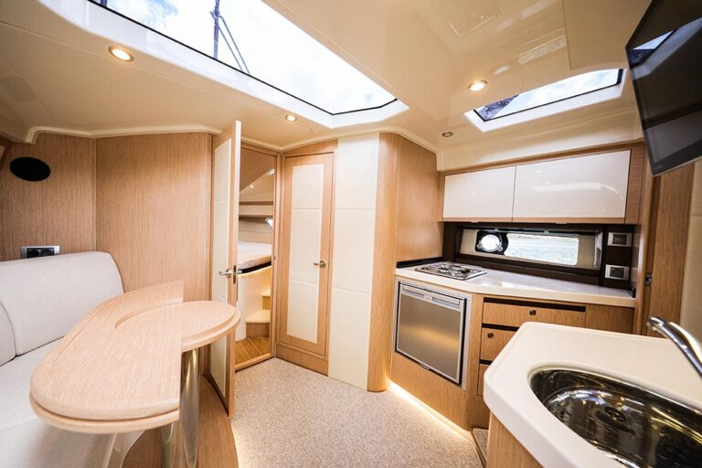 saloon on new boat